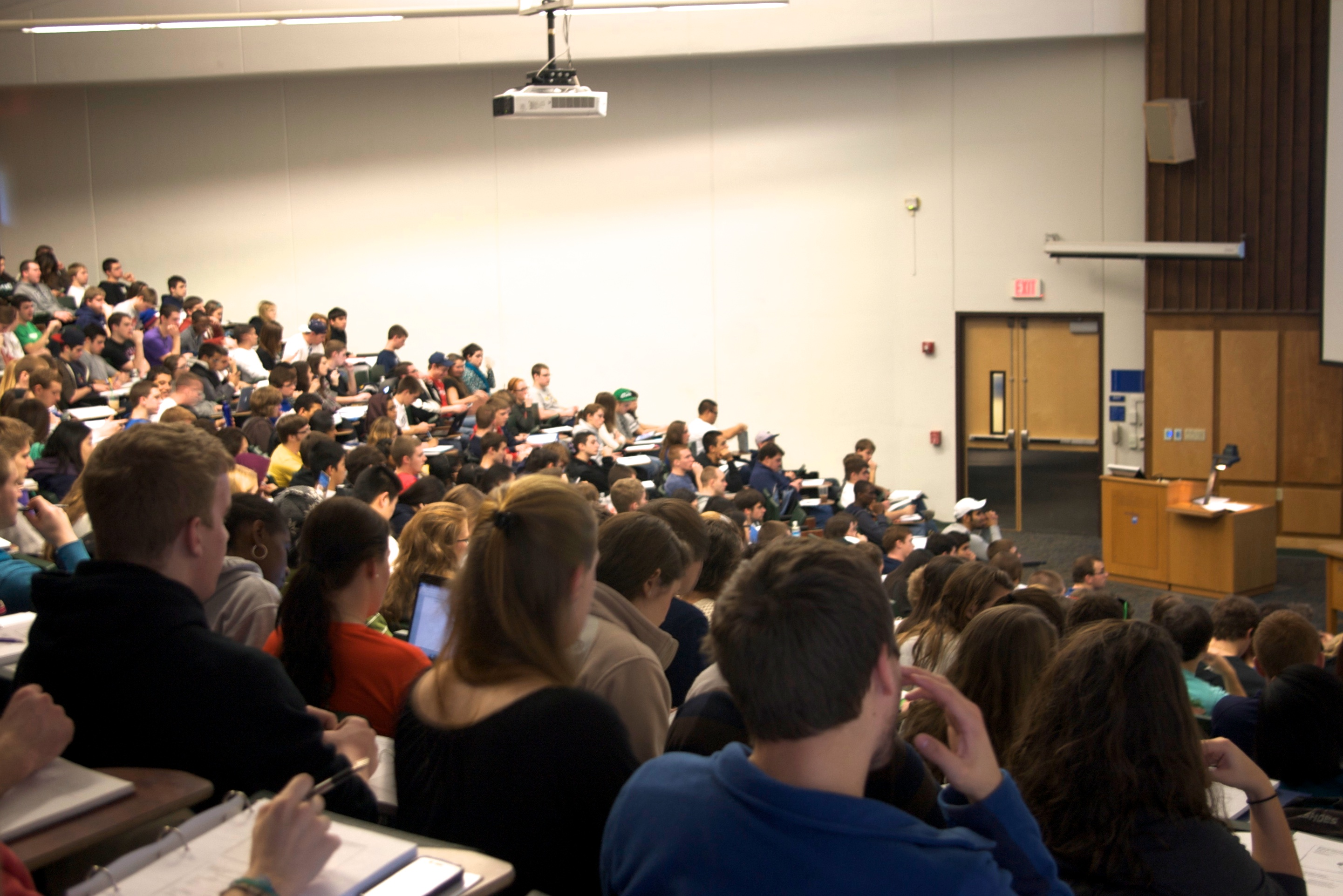Example of a large lecture class.